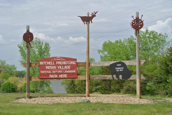 Mitchell Prehistoric Indian Village: entrance sign