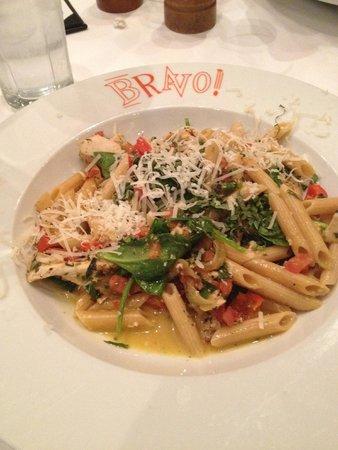 Bravo Cucina Italiana: Chicken & Veggie Pasta