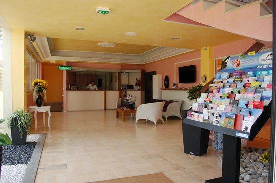 Hotel de la Mer : La hall d'entrée