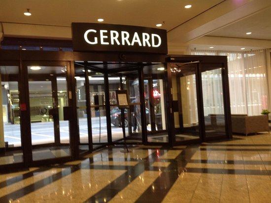 Chelsea Hotel, Toronto: Entrée par Gerrard Street