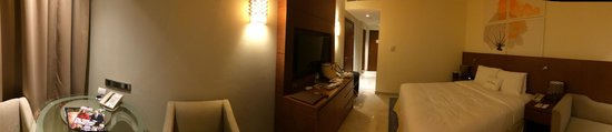 DoubleTree by Hilton Resort & Spa Marjan Island: panorama picture of room