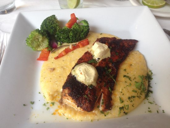 Frank's Restaurant & Bar and Out Back at Frank's: Blackened Mahi over cheese grits