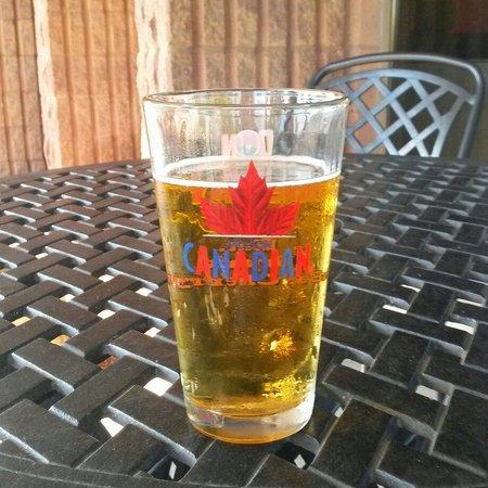 Ramada Plaza Niagara Falls: First Canadian beer;-);-)
