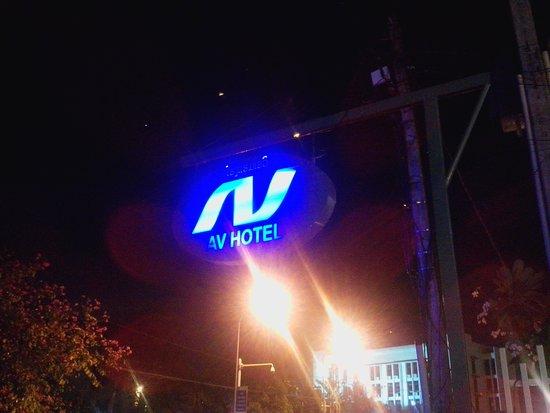 AV Hotel : av night