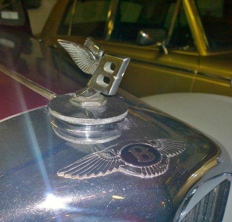 Kilgarvan motor museum: Bentley