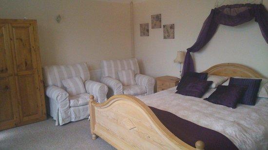 Staden Grange: Family room