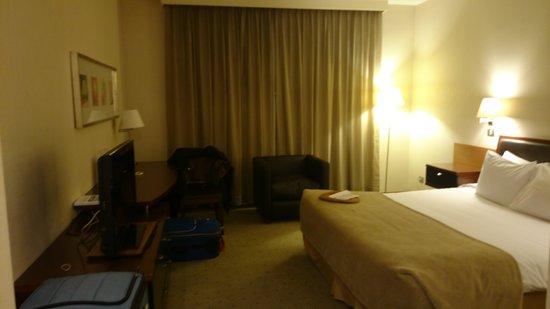 Mercure Santiago Centro: quarto com cama queen size