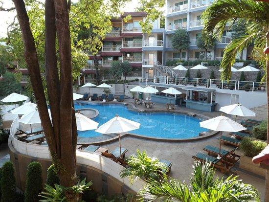 Chanalai Flora Resort: piscine