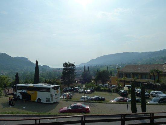 Poiano Resort Appartamenti: view over mountain