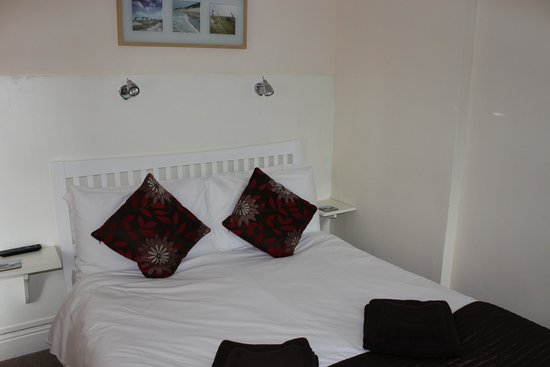 The Elmfield : Double bed room 2