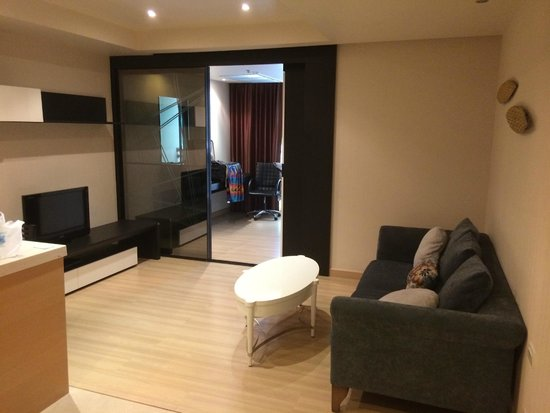 Admiral Premier Bangkok by Compass Hospitality: Living Room