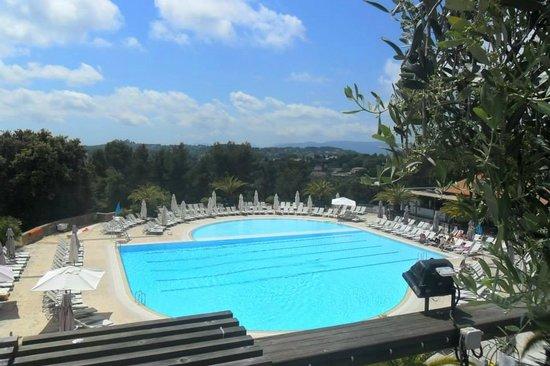 Club Med Opio Provence : PISCINE PRINCIPALE