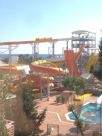 Pegasos World Hotel: Water park, view from room block 3 top floor.