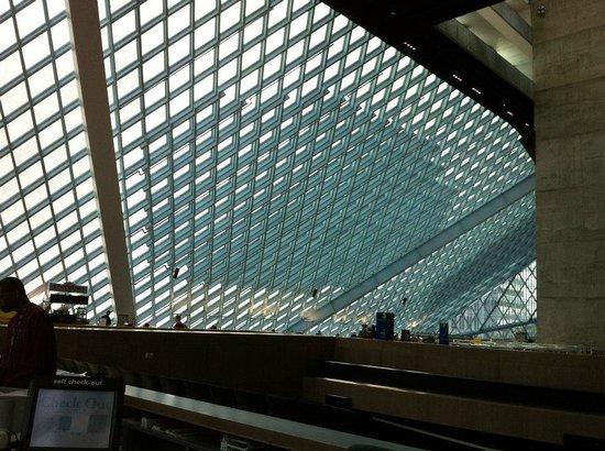 Seattle Public Library: Vista interna da Biblioteca Pública de Seattle