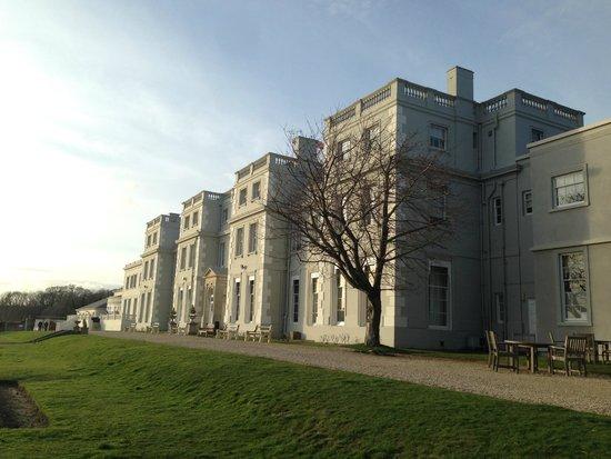 De Vere Wokefield Park: Hotel building