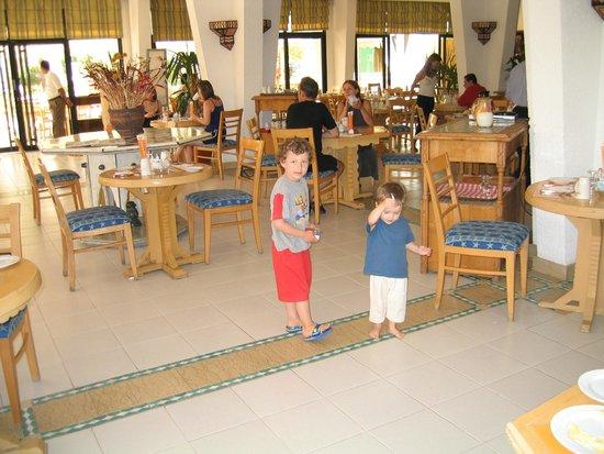 Hilton Sharm El Sheikh Fayrouz Resort : ресторан