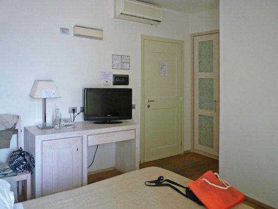 Hotel Alta la Vista: ingresso camera