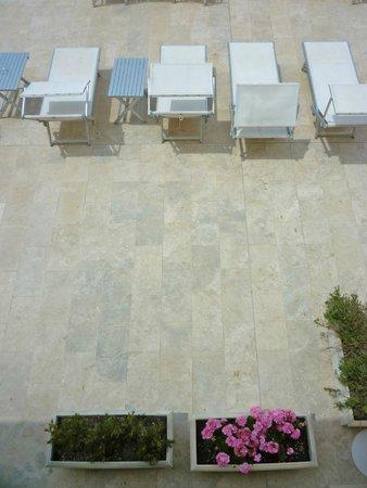 Hotel Alta la Vista : terrazza dell'albergo