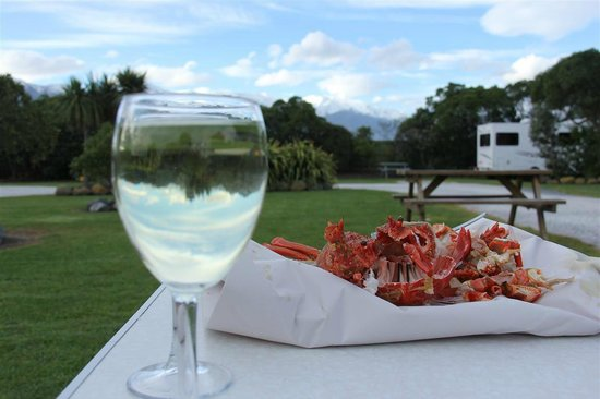 Kaikoura Top 10 Holiday Park: In the campground