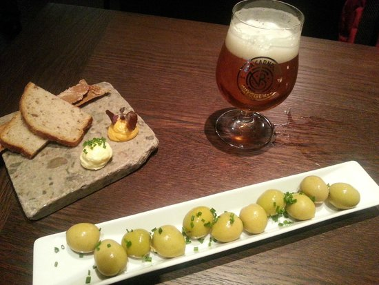Bar Nombre: Olives to start, and delicious local beer