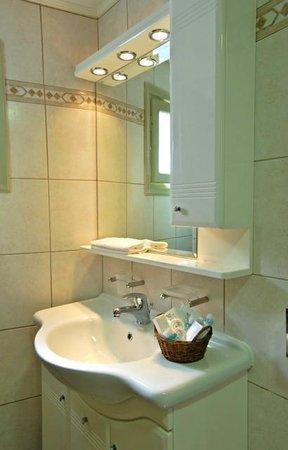 Porto Klaras Studios & Apartments - Μπάνιο