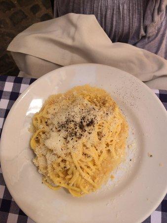 Ristorante Roma Sparita: Cacio e pepe. The star of this place