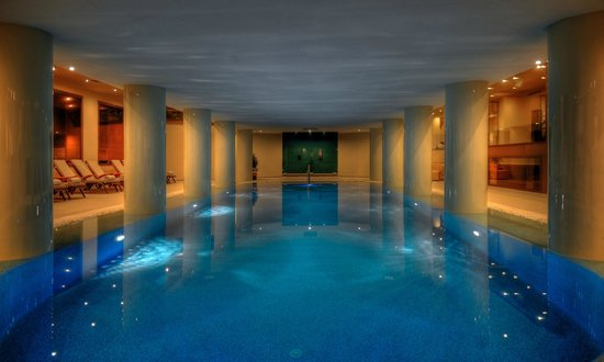 LVZZ Hotel Spa: Indoor Pool