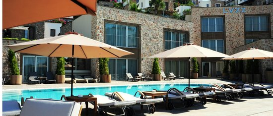 LVZZ Hotel Spa: Outdoor Pool