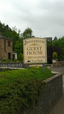 Buccleuch Guest House: Insegna guest house
