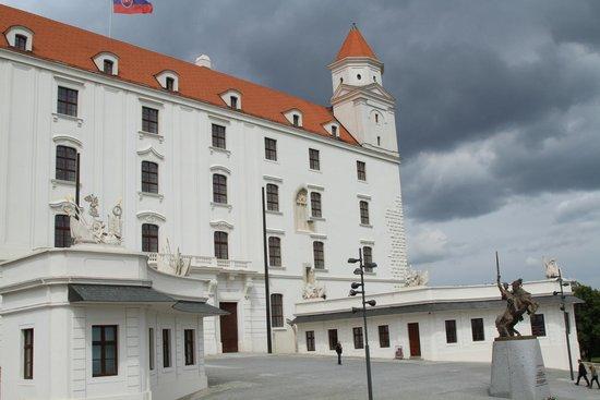 Bratislava Castle (Hrad): Bratislava Castle