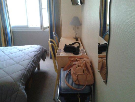 Alive Hotel de Quebec : Le bureau