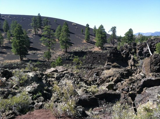 Sunset Crater Volcano National Monument: cinder covered hill 1000 years later