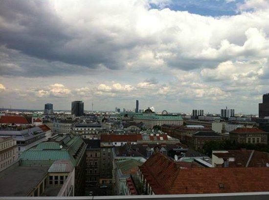 Hotel Am Parkring: Blick über Wien vom Zimmerbalkon