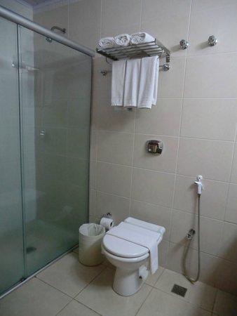 Recanto Cataratas Thermas Resort & Convention : Bathroom 1205
