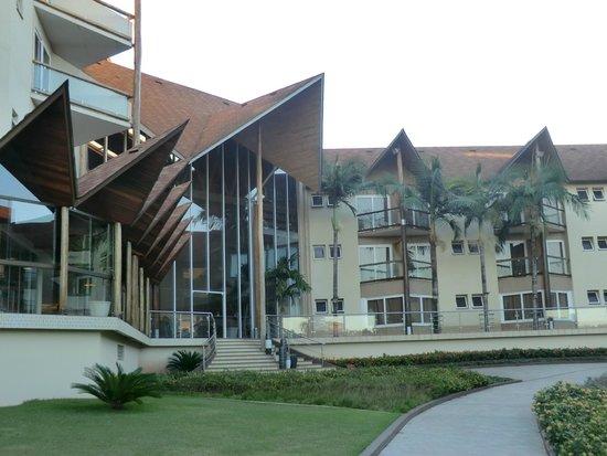 Recanto Cataratas Thermas Resort & Convention : Back of hotel