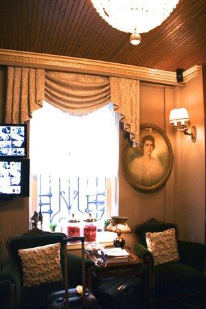 Faik Pasha Hotel: .