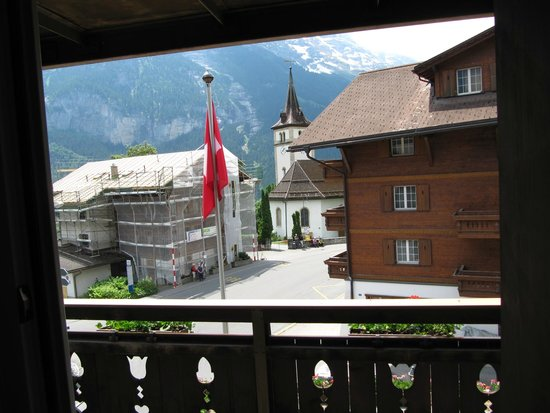 Hotel Gletschergarten : Looking out our door over the balcony