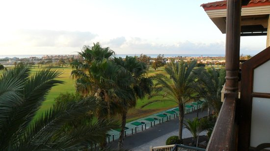 Hotel Elba Palace Golf: Golf course and beyond