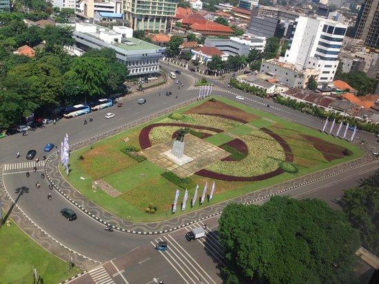 Aryaduta Jakarta: Taman Tugu Tani