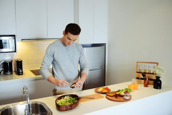 Morrissey Hotel Residences : Kitchen at The Apartment