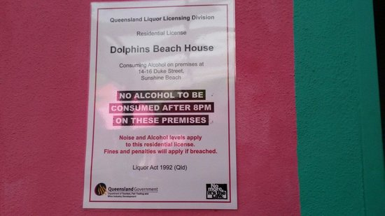 Dolphins Beach House : Sign 12