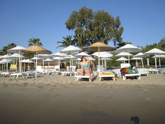 Atlantique Holiday Club: Пляж, вид с моря