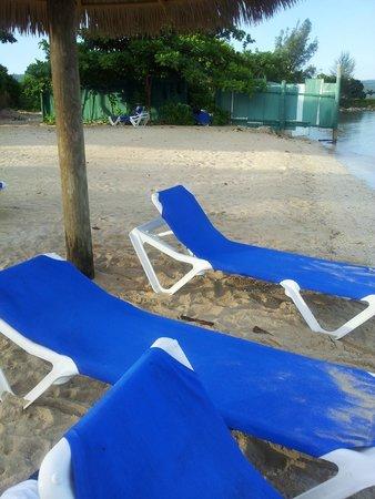 Sunscape Splash Montego Bay: Privat Strand / FKK