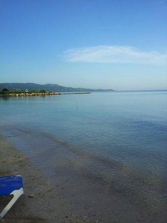 Sunscape Splash Montego Bay : Sicht vom Privat Strand / FKK