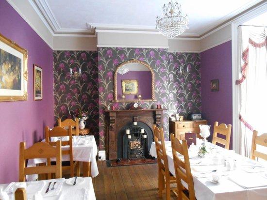 Victoria House B&B: Breakfast room