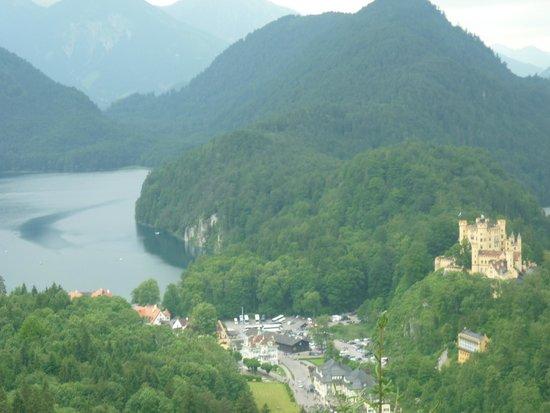 Bus Bavaria Neuschwanstein Castle Tours: Neuschwanstein Castle Tours