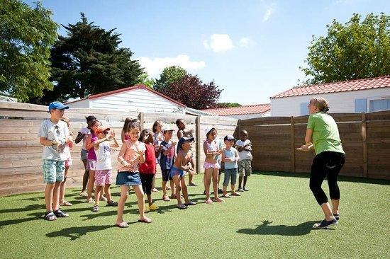 Camping Les Peupliers : Club enfants