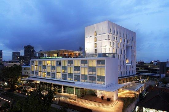 Morrissey Hotel Residences