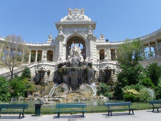 Palais Longchamp: La fontana