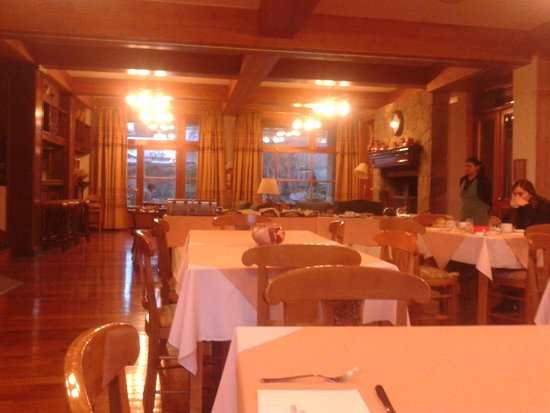 Hotel Kosten Aike: vista del comedor,